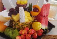 Estate a tavola con i colori dell'estate per la salute