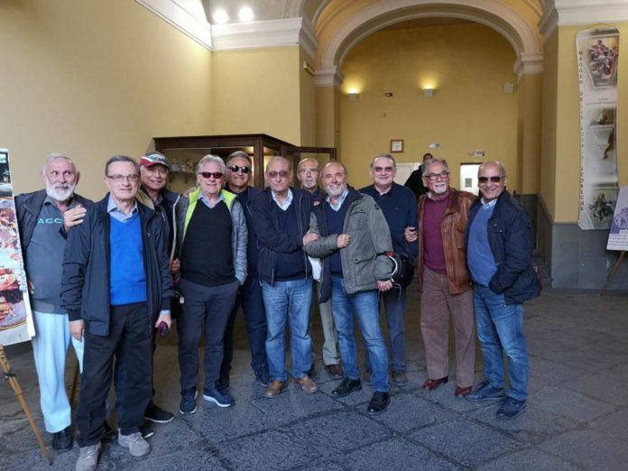 Liceo Genovesi, 26 ex alunni celebrano mezzo secolo dal diploma