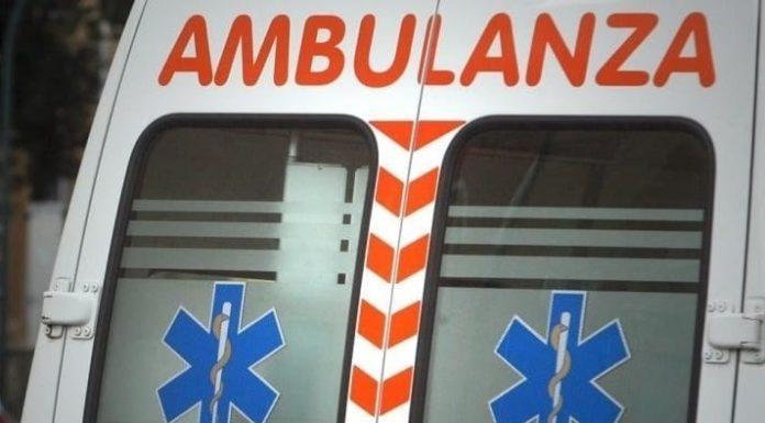 Via Marina, auto si scontra con uno scooter: muore un 26enne di Ponticelli