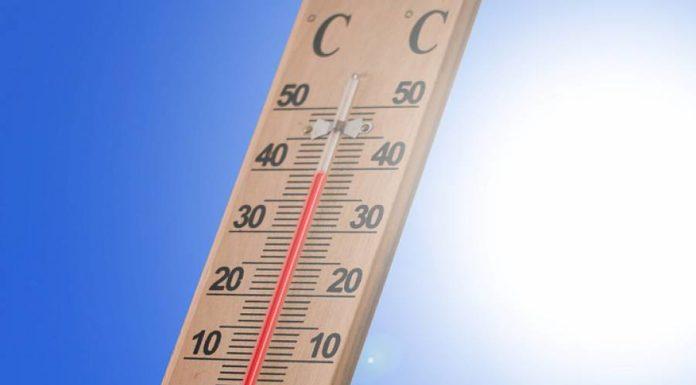 Meteo Campania, sarà un weekend di caldo e afa