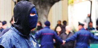 Clan Di Lauro, affiliato rintracciato in Grecia: estradato questa mattina