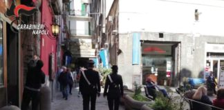 Napoli, racket contro pizzeria: arrestati tre esattori del clan Mazzarella (VIDEO)