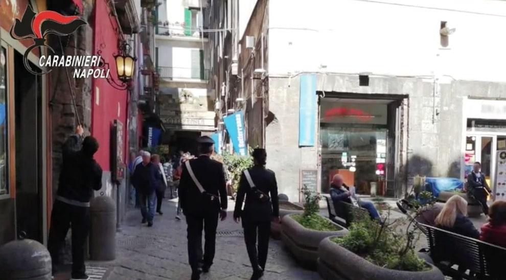 Napoli, racket contro pizzeria: arrestati tre esattori del clan Mazzarella (VIDEO)