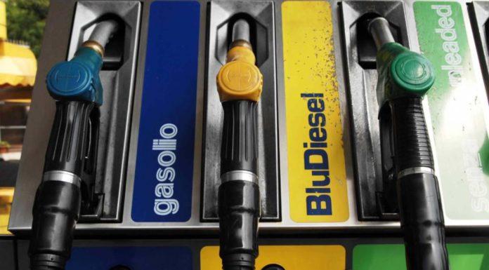 Benzina, prezzi stabili: 1,423 euro self e 1,578 al servito