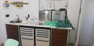 Ischia, Guardia di Finanza scopre un falso dentista: denunciato