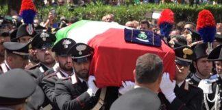 Carabiniere ucciso a coltellate, i funerali a Somma Vesuviana