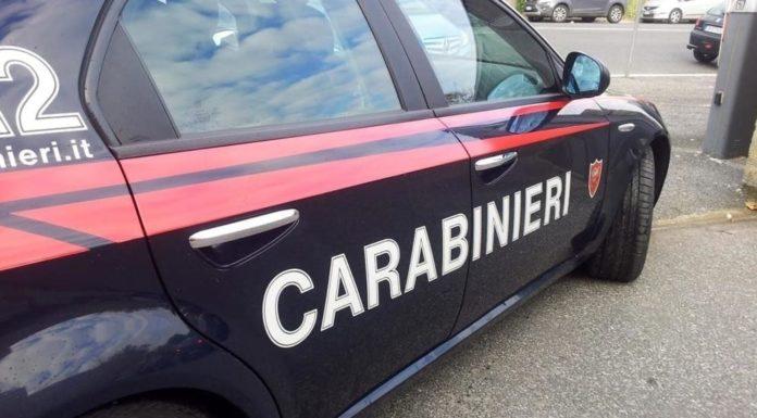 Ischia: Carabinieri allontanano sette ambulanti dalla spiaggia dei Maronti