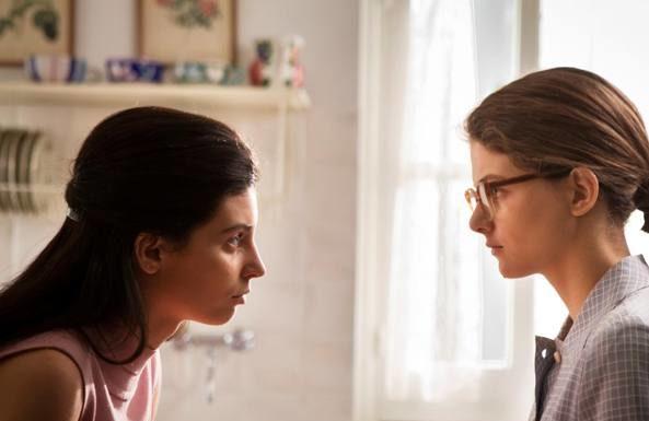 """""""L'Amica Geniale 2"""", rilasciata la prima immagine ufficiale con Elena e Lila"""