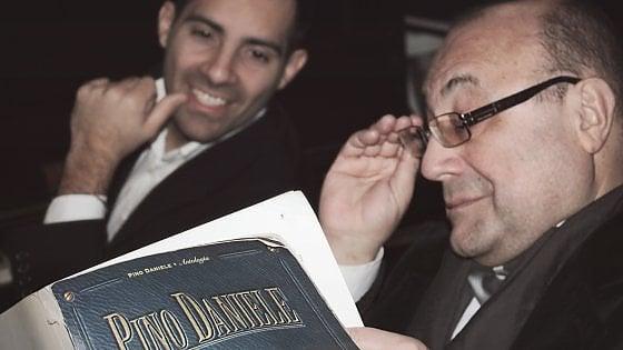 Le Ebbanesis nello spettacolo con Mario Raffone e Michele Simonelli 'Pino Daniele Opera'