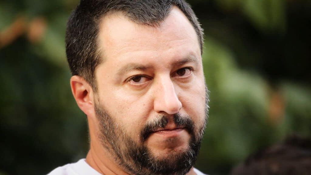 Minacce a Matteo Salvini: trovata una busta con proiettile