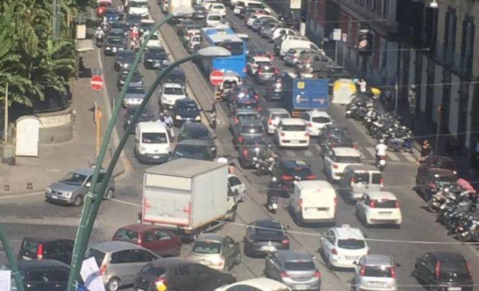 Universiadi 2019, cambia il piano traffico a Napoli: riapre viale Gramsci