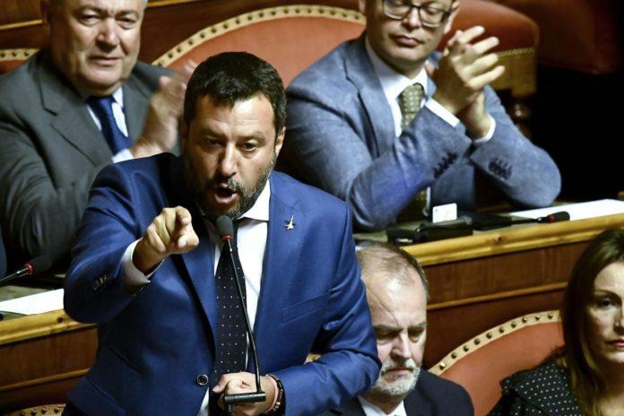 Crisi, Salvini in Senato:
