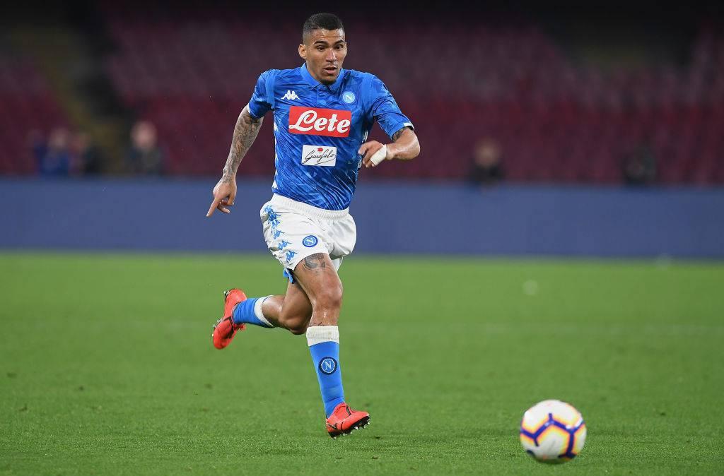 Calcio Napoli, per Allan 200mila euro di multa dopo l'ammutinamento