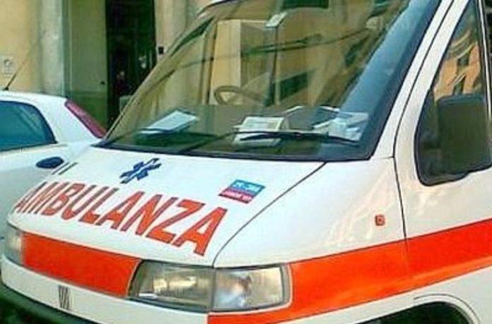 San Giuseppe Vesuviano, anziana investita da un'auto in retromarcia: è grave