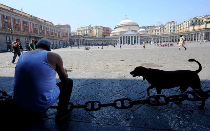 Caldo a Napoli, potenziati i servizi di aiuto per anziani e disabili