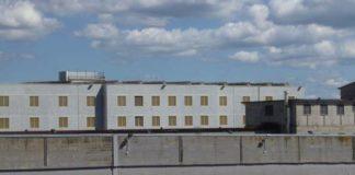 Avellino, tre agenti picchiati nel carcere di Ariano Irpino