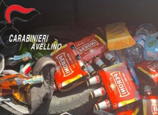 Scorte di alcolici e alimentari di dubbia provenienza in auto: tre denunce