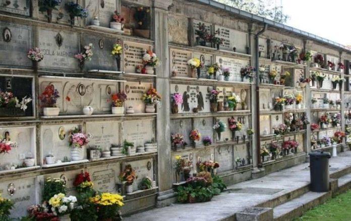 Comune di Napoli: partito il piano di rimozione dei rifiuti edili dai cimiteri