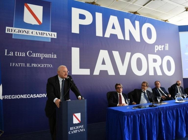 """Vincenzo De Luca: """"Eav? Assunzioni nella prossima primavera"""""""