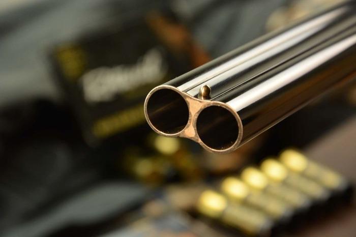 Afragola, spara con un fucile contro l'agenzia di viaggi rivale: arrestato