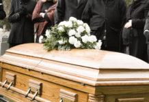 Napoli: scoperta un'evasione fiscale di 6 milioni da parte di imprese funebri