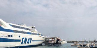 Porto di Capri, collisione fra aliscafo e traghetto: non ci sono feriti