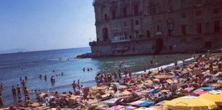 Servizio navetta abusivo per i lidi di Posillipo, multe oltre i 1.500 euro