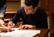 Calciomercato Napoli: è ufficiale l'ingaggio di Lozano