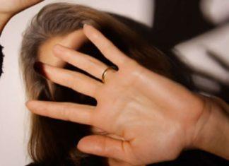 Lite familiare, centrotavola contro madre e Carabiniere ferito: 22enne in manette