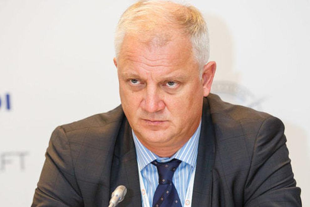 Manager russo fermato a Napoli: cercava dispositivi elettrici per un nuovo aereo