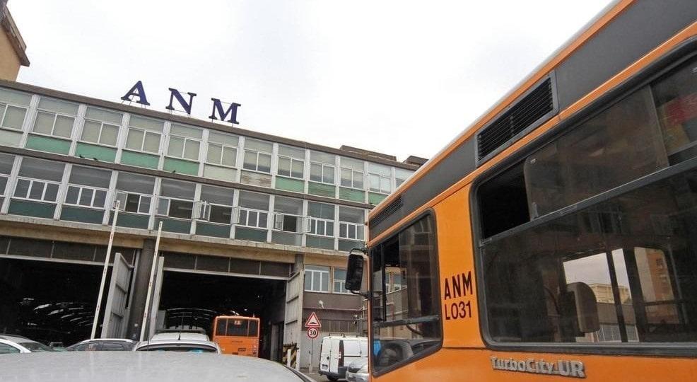 ANM, accordo col Comune di Napoli: vigili saranno a bordo dei bus