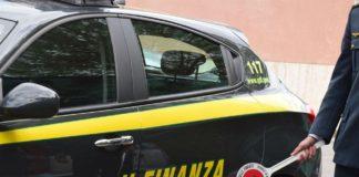 Nuovo scandalo corruzione a Napoli, 4 arresti: coinvolti anche due finanzieri