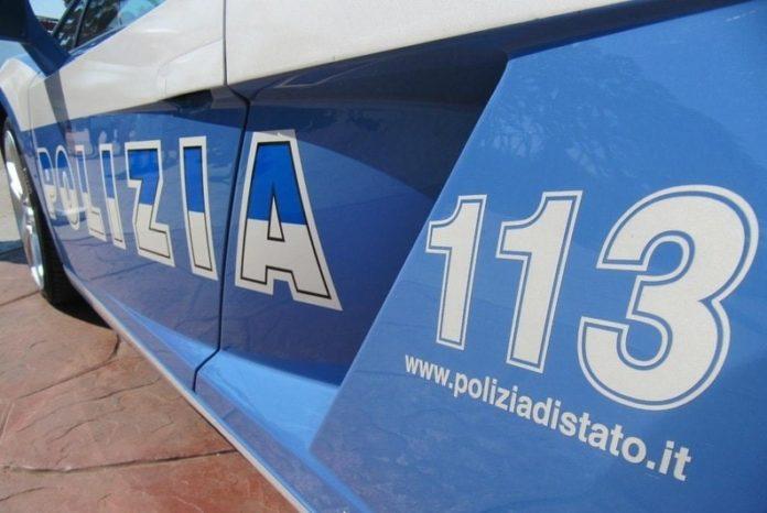 Ponticelli, tenta di rubare auto ma è scoperto dall'antifurto satellitare: arrestato