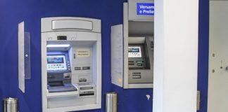 Acerra, ladri portano via il bancomat di un istituto di credito con una gru