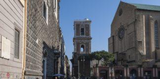 Si perde tra la folla della chiesa di Santa Chiara, anziano ritrovato
