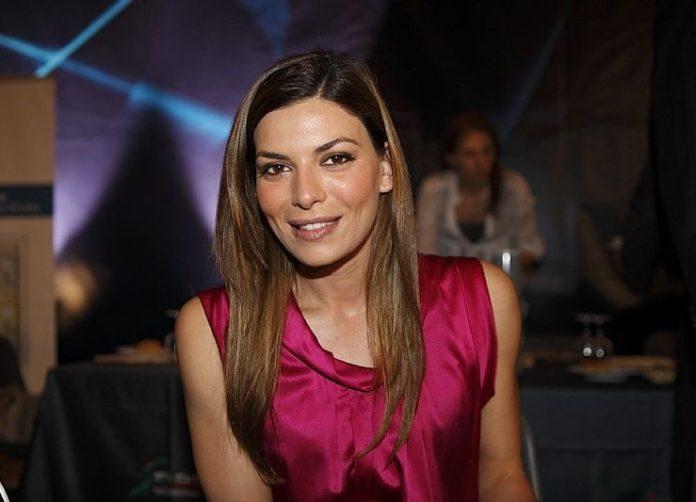 Un posto al sole: il nuovo amore dell'attrice Claudia Ruffo è Roy Capasso