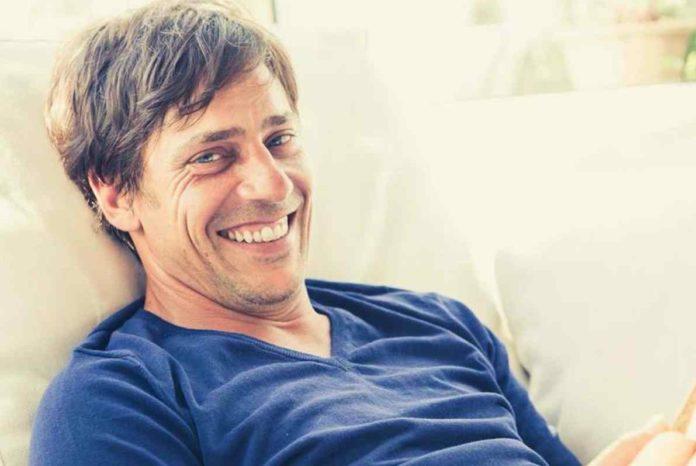 Un posto al sole: Davide Devenuto (alias Andrea Pergolesi) si prende una pausa dalla soap di Rai 3.