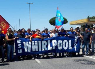 """Whirlpool, il Mise: """"L'azienda ritiri cessione e chieda scusa"""""""