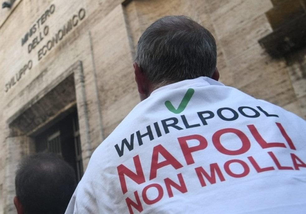 """De Luca sui Navigator: """"Li sosterrò se andranno a manifestare all'Anpal"""""""