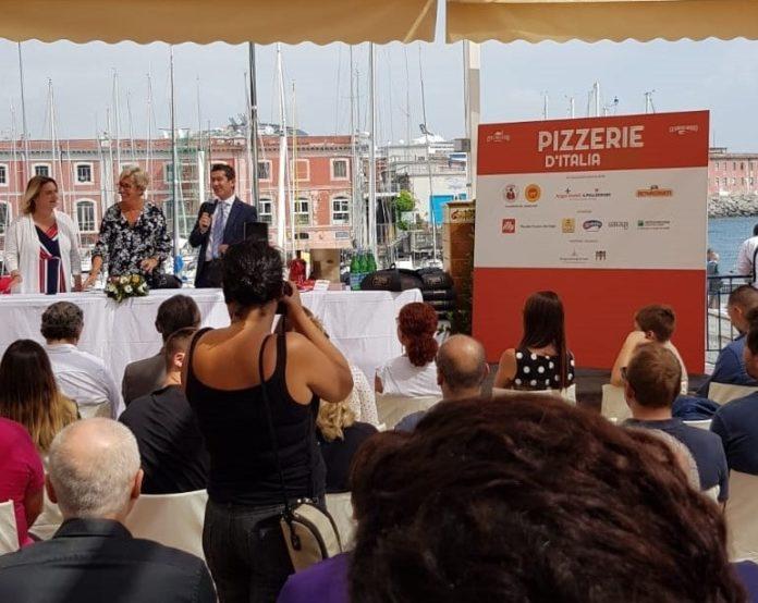 Circolo Canottieri: presentata la Guida Pizzerie d'Italia 2020