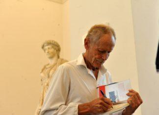 """""""Lo scaffale del MANN"""": libri e arte in una nuova rassegna dell'Archeologico. Incontro con Erri De Luca"""