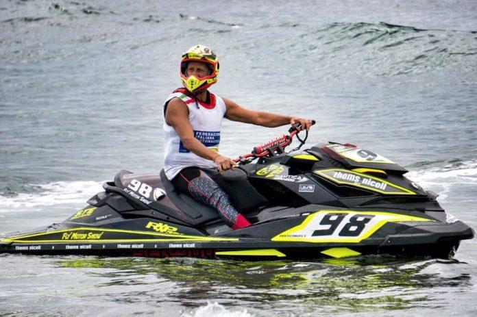 Aquabike: festa a Miliscola per i successi del team Fly Motor Show Thoms Nicoll