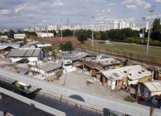 Campi rom a Napoli: quanti sono, quali sono gestiti dal Comune e gli interventi comunali