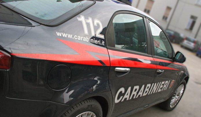 """Trentola Ducenta, rubavano auto con la """"tecnica del bullone"""": due arresti"""
