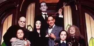 """Cinema in tv, tutti i film di giovedì 31 ottobre. Tra i più visti """"La famiglia Addams"""""""