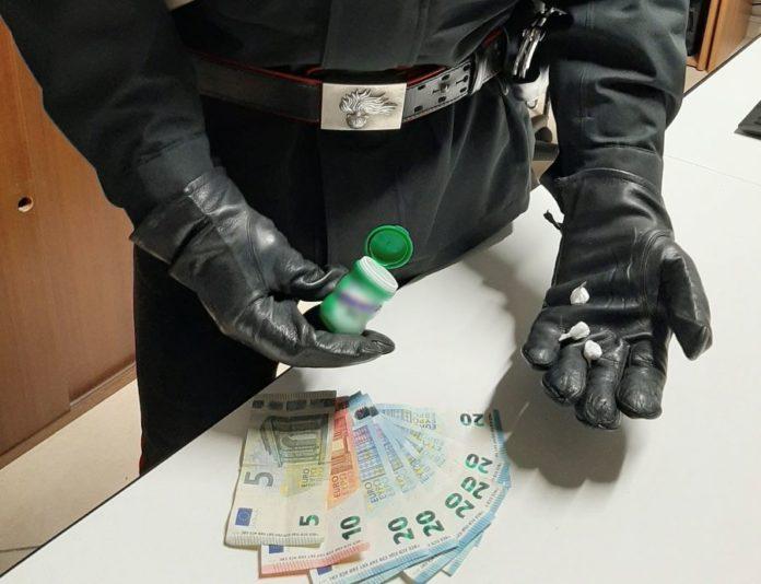 Cicciano, cocaina nel pacchetto di chewing-gum. 28enne arrestato dai Carabinieri