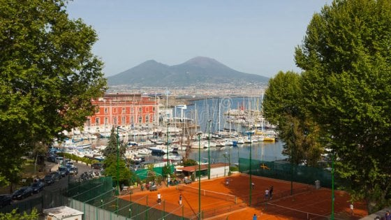 Circolo Canottieri, tennis: domani il torneo