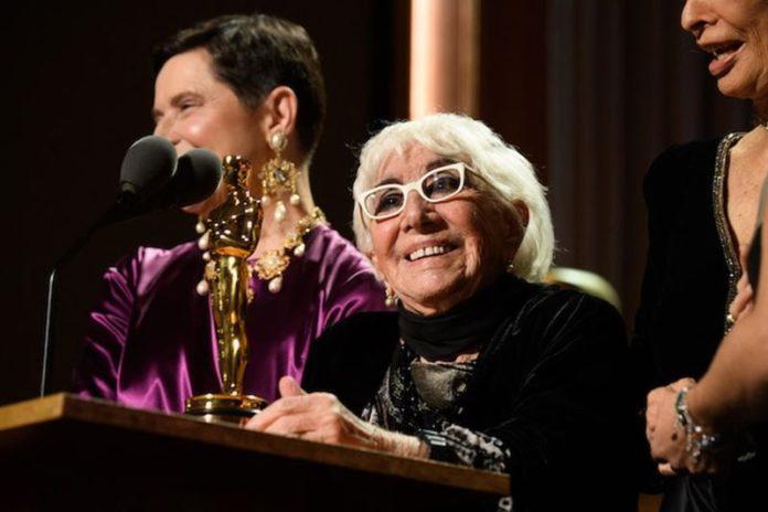 Lina Wertmuller: la grande regista ha ricevuto il meritato Oscar alla Carriera