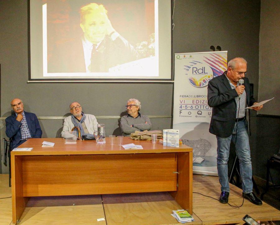 Ricomincio dai Libri: un omaggio in allegria per Luciano De Crescenzo