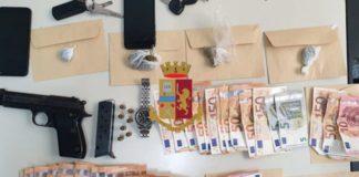 Vomero, giravano con pistola, droga e migliaia di euro sugli scooter: cinque arresti